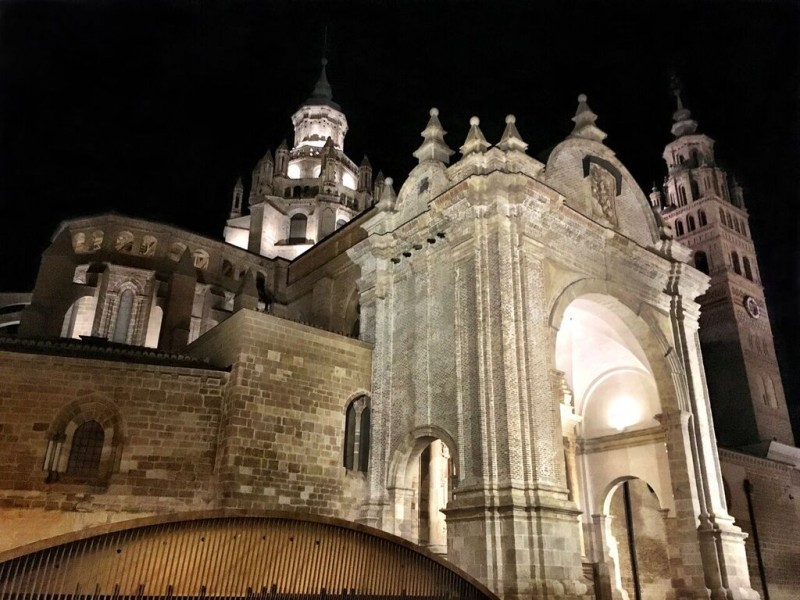 catedral de tarazona nocturna